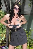 Irresistible tgirl Morgan Bailey posing outdoors